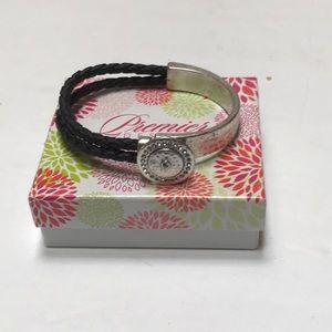 PREMIER DESIGNS-Buttons Bracelet